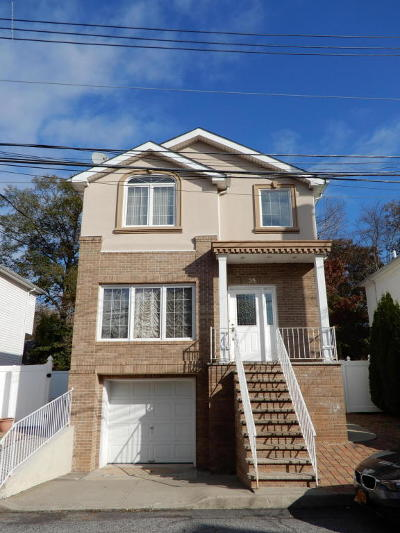 Single Family Home For Sale: 35 Comfort Court