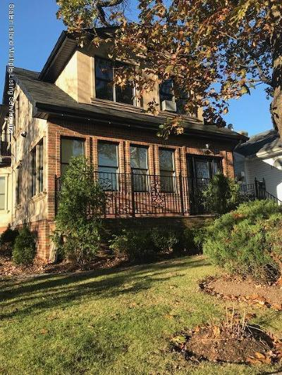 Staten Island NY Single Family Home For Sale: $1,499,000