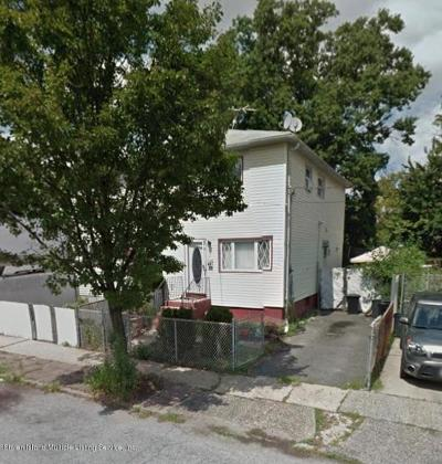 Staten Island NY Single Family Home For Sale: $340,000