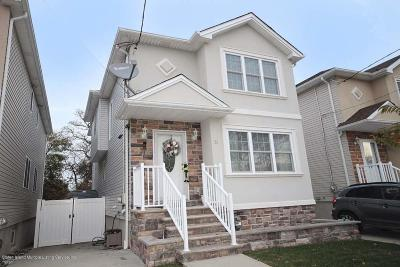 Staten Island NY Single Family Home For Sale: $649,999