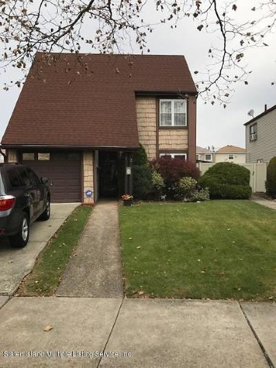 Staten Island NY Single Family Home For Sale: $619,000