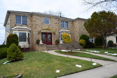 Staten Island Two Family Home For Sale: 77 Selkirk Street