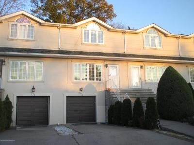 Staten Island NY Single Family Home For Sale: $528,888