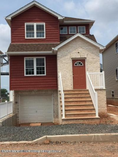 Staten Island NY Two Family Home For Sale: $575,000