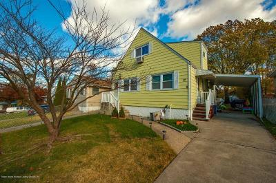 Single Family Home For Sale: 19 Suffolk Avenue