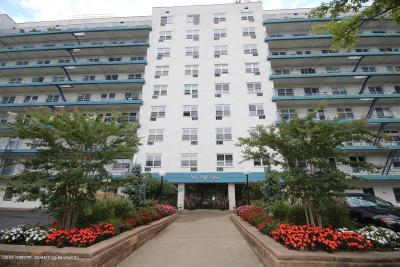 Staten Island Co-op For Sale: 20 Cliff Street #5d