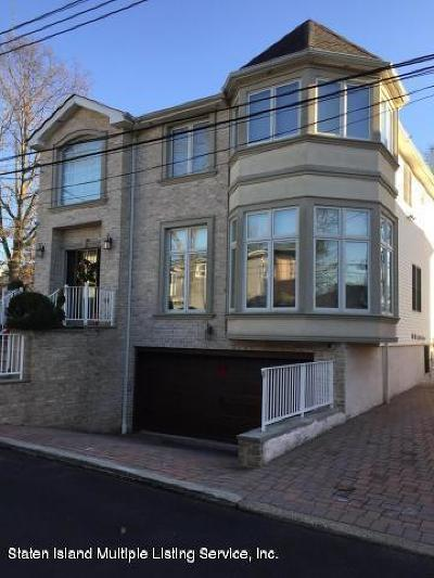 Staten Island Two Family Home Acceptance: 22 Depew Place