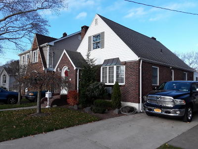 Single Family Home For Sale: 203 Jacques Avenue