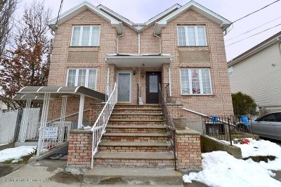 Semi-Attached For Sale: 8 Sharrotts Road