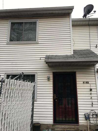 Single Family Home For Sale: 404 Weser Avenue #A