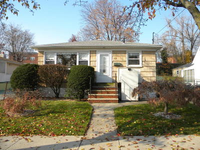 Staten Island Single Family Home Acceptance: 458 Villa Avenue