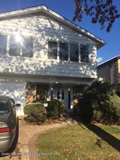 Single Family Home For Sale: 7 Berglund Avenue