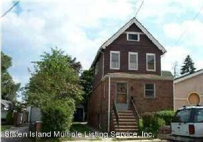 Staten Island Single Family Home For Sale: 523 Melyn Place