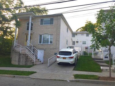 Staten Island Single Family Home For Sale: 1161 Willowbrook Road