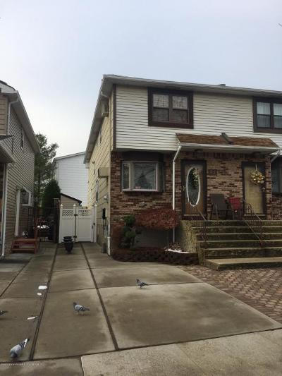 Semi-Attached For Sale: 62 Blythe Place