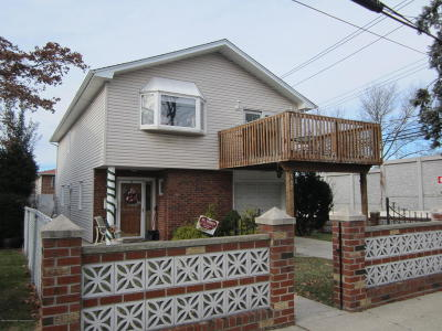 Single Family Home For Sale: 162 Warwick Avenue