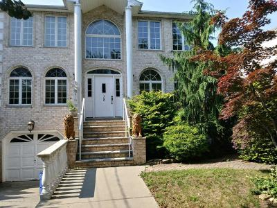 Staten Island Single Family Home For Sale: 28 Herrick Avenue