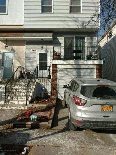 Staten Island Semi-Attached For Sale: 102 Stack Drive