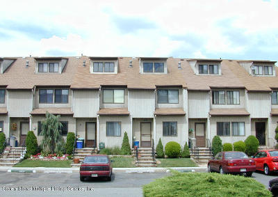 Staten Island Condo/Townhouse For Sale: 245 Signs Road #B