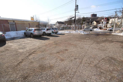 Staten Island Commercial Lease For Lease: 513 Targee Street