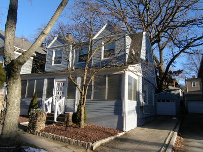 Staten Island Single Family Home Acceptance: 78 Glenwood Avenue