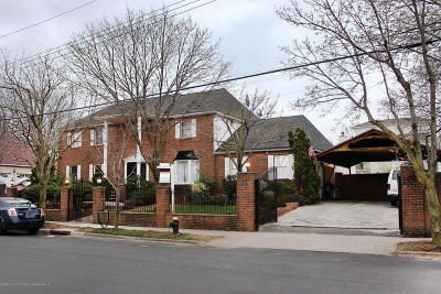 Staten Island NY Single Family Home For Sale: $1,695,000
