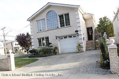 Staten Island Two Family Home For Sale: 886 Westwood Avenue