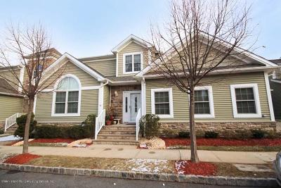 Staten Island Single Family Home For Sale: 81 Pilot Lane