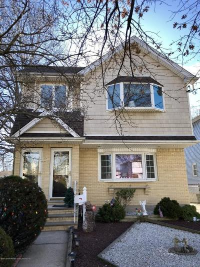 Staten Island Two Family Home For Sale: 204 Lamoka Avenue