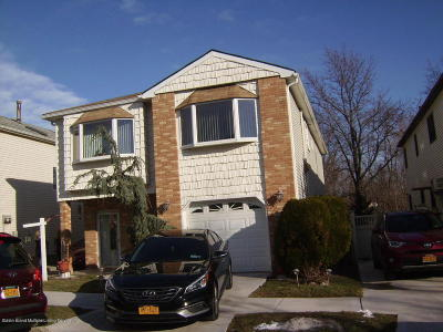 Two Family Home For Sale: 104 Marisa Circle
