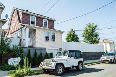 Single Family Home For Sale: 172 Van Cortlandt Avenue