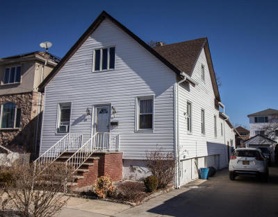 Staten Island Single Family Home For Sale: 49 McLaughlin Street