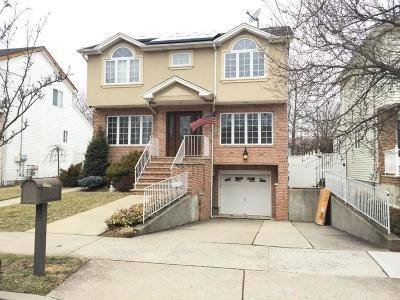 Staten Island Two Family Home For Sale: 137 S Railroad Street