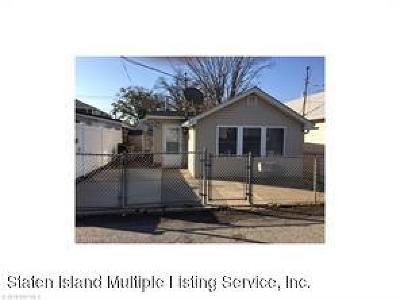 Single Family Home For Sale: 16 Seafoam Street