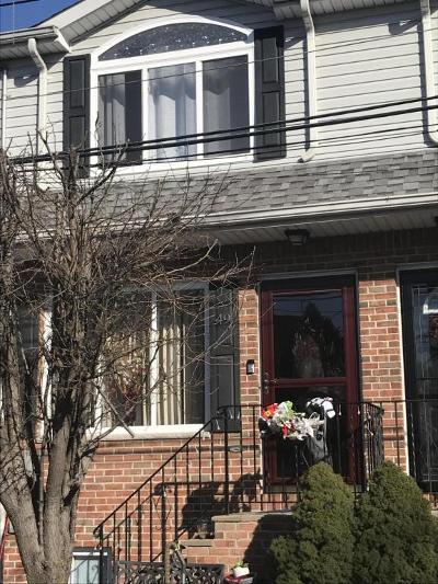 Staten Island Single Family Home For Sale: 49 Paris Court