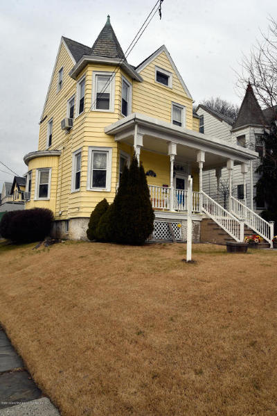 Staten Island NY Single Family Home For Sale: $539,000