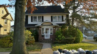 Staten Island NY Single Family Home For Sale: $675,000