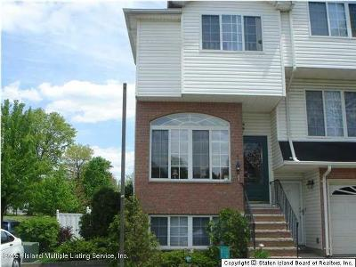 Staten Island NY Semi-Attached For Sale: $529,000