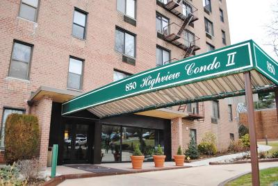 Staten Island NY Condo/Townhouse For Sale: $349,000