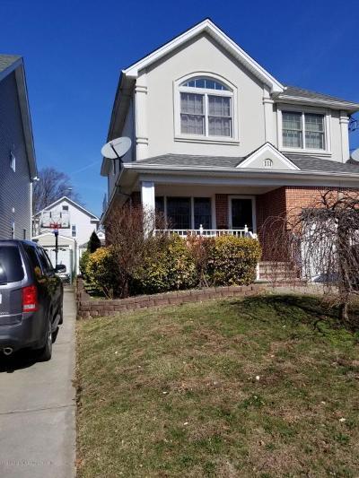 Single Family Home For Sale: 111 Coale Avenue