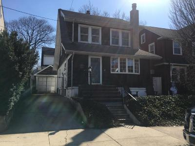 Single Family Home For Sale: 18 Ludwig Street