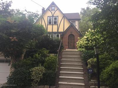 Single Family Home Acceptance: 50 Fort Hill Circle