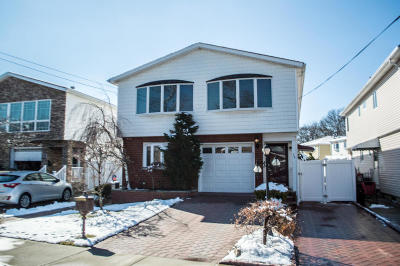 Two Family Home Acceptance: 78 Tysens Lane