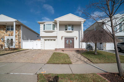 Single Family Home For Sale: 19 Plank Road