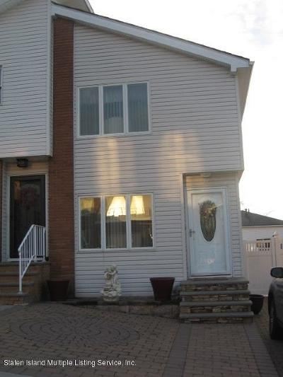 Semi-Attached For Sale: 44 Hewitt Avenue