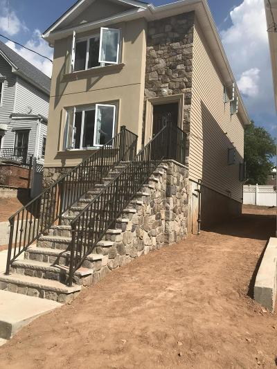 Single Family Home For Sale: 295 Jewett Ave