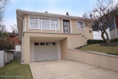 Richmond County Single Family Home For Sale: 43 Greenport Street