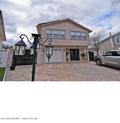 Single Family Home For Sale: 69 Commerce Street