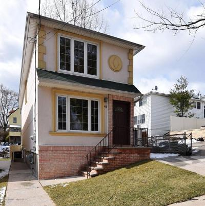Single Family Home For Sale: 45 Bang Terrace