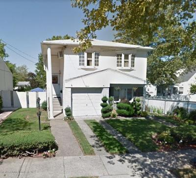 Staten Island Two Family Home For Sale: 11 Cherry Place